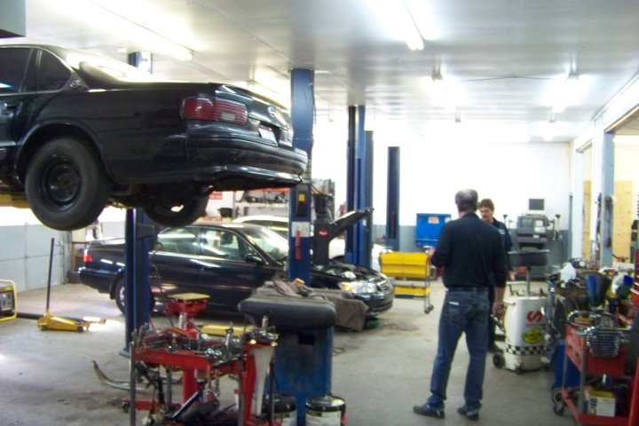 Kentucky auto service auto repair elsmere ky engine for Doc motor works auto repair